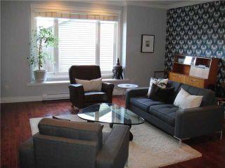 Photo 3: 1031 E 13TH Avenue in Vancouver: Mount Pleasant VE 1/2 Duplex for sale (Vancouver East)  : MLS®# V930003