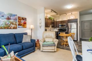 """Photo 6: 102 2511 KING GEORGE Boulevard in Surrey: King George Corridor Condo for sale in """"PACIFICA"""" (South Surrey White Rock)  : MLS®# R2368451"""