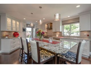 """Photo 5: 12007 S BOUNDARY Drive in Surrey: Panorama Ridge Townhouse for sale in """"Southlake Townhomes"""" : MLS®# R2465331"""