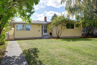 Photo 1: 77 Fredson Drive SE in Calgary: Fairview Detached for sale : MLS®# A1141709
