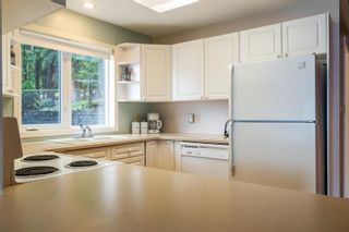 Photo 16: 4027 Eagle Bay Road, in Eagle Bay: House for sale : MLS®# 10238925