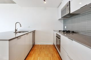 """Photo 9: 2705 128 W CORDOVA Street in Vancouver: Downtown VW Condo for sale in """"Woodwards"""" (Vancouver West)  : MLS®# R2616556"""