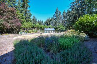 Photo 5: 1025 Vega Rd in : CV Comox Peninsula House for sale (Comox Valley)  : MLS®# 882416