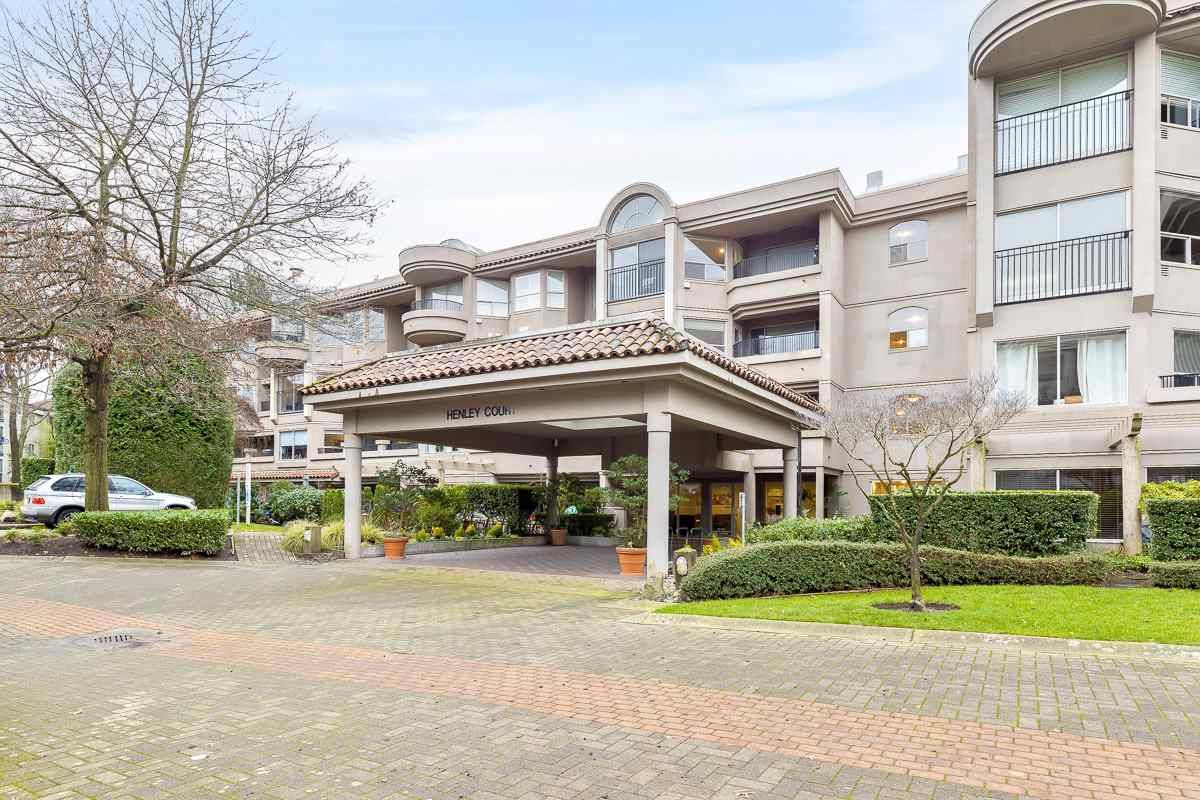 """Main Photo: 107 525 WHEELHOUSE Square in Vancouver: False Creek Condo for sale in """"HENLEY COURT"""" (Vancouver West)  : MLS®# R2529742"""