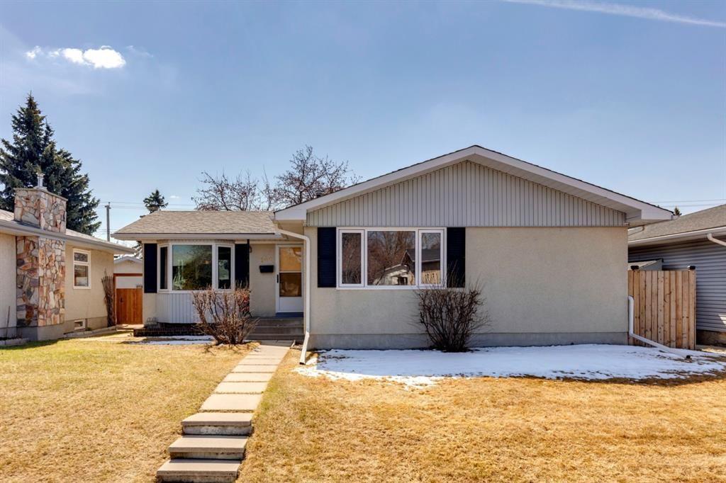 Main Photo: 144 Marbrooke Circle NE in Calgary: Marlborough Detached for sale : MLS®# A1098695