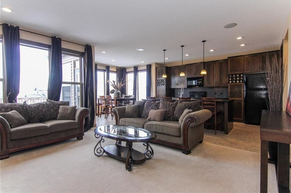 Photo 6: Photos: 21 CRANBERRY Cove SE in Calgary: Cranston House for sale : MLS®# C4164201