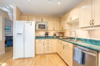 """Photo 13: 3406 AMBERLY Place in Vancouver: Champlain Heights Townhouse for sale in """"TIFFANY RIDGE"""" (Vancouver East)  : MLS®# R2574935"""