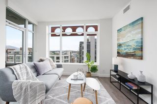 """Photo 2: 1102 111 E 1ST Avenue in Vancouver: Mount Pleasant VE Condo for sale in """"BLOCK 100"""" (Vancouver East)  : MLS®# R2617874"""