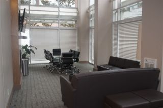 "Photo 5: 1604 550 TAYLOR Street in Vancouver: Downtown VW Condo for sale in ""The Taylo"" (Vancouver West)  : MLS®# R2042324"