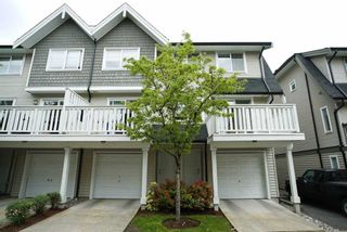 "Photo 2: 30 15871 85 Avenue in Surrey: Fleetwood Tynehead Townhouse for sale in ""HUCKE BERRY"" : MLS®# R2055937"