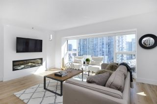 """Photo 2: 903 238 ALVIN NAROD Mews in Vancouver: Yaletown Condo for sale in """"Pacific Plaza"""" (Vancouver West)  : MLS®# R2345160"""