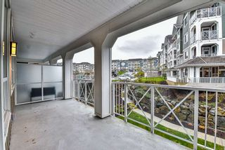 """Photo 16: 302 16380 64 Avenue in Surrey: Cloverdale BC Condo for sale in """"The Ridge at Bose Farms"""" (Cloverdale)  : MLS®# R2153623"""