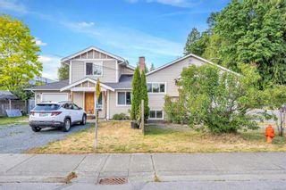 Photo 1: 2999/3001 George St in : Du West Duncan House for sale (Duncan)  : MLS®# 878367