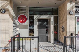 "Photo 2: 801 33 W PENDER Street in Vancouver: Downtown VW Condo for sale in ""33 Living"" (Vancouver West)  : MLS®# R2373850"