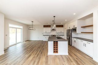 Photo 10: 52 Roberge Close: St. Albert House for sale : MLS®# E4256674