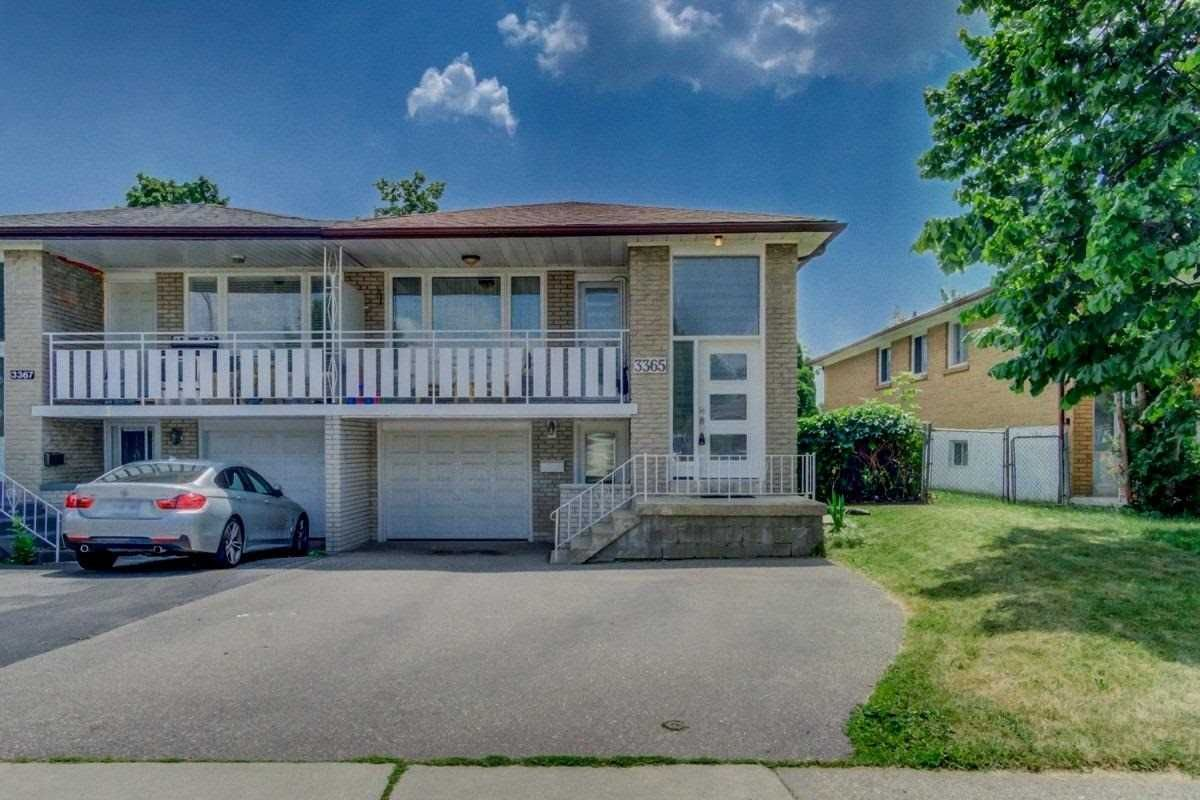 Main Photo: 3365 Homark Drive in Mississauga: Applewood House (Bungalow-Raised) for sale : MLS®# W4829318
