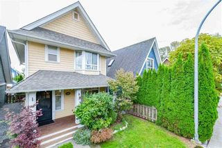 """Photo 3: 143 DOCKSIDE Court in New Westminster: Queensborough House for sale in """"THOMPSON LANDING"""" : MLS®# R2330315"""