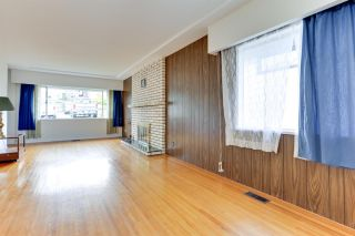 Photo 7: 18 N SEA Avenue in Burnaby: Capitol Hill BN House for sale (Burnaby North)  : MLS®# R2527053