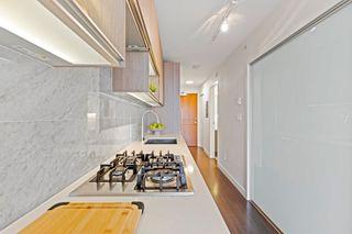 """Photo 5: 2911 13750 100 Avenue in Surrey: Whalley Condo for sale in """"Park Avenue East"""" (North Surrey)  : MLS®# R2611465"""