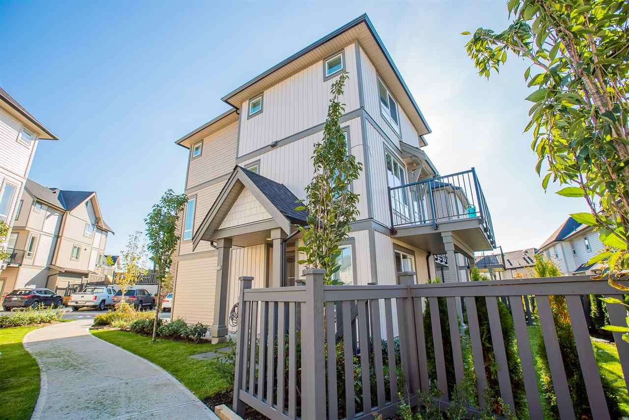 """Main Photo: 45 30930 WESTRIDGE Place in Abbotsford: Abbotsford West Townhouse for sale in """"BRISTOL HEIGHTS BY POLYGON"""" : MLS®# R2430430"""