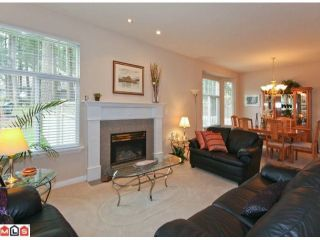 "Photo 2: 16 5811 122 Street in Surrey: Panorama Ridge Townhouse for sale in ""Lakebridge"" : MLS®# F1005861"