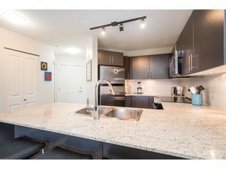"Photo 8: 302 8915 202 Street in Langley: Walnut Grove Condo for sale in ""Hawthorne"" : MLS®# R2597189"
