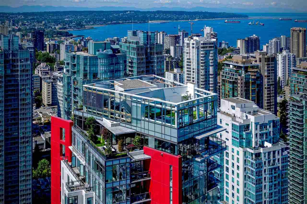 "Main Photo: 3801 1211 MELVILLE Street in Vancouver: Coal Harbour Condo for sale in ""The Ritz"" (Vancouver West)  : MLS®# R2487231"