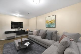 Photo 11: 28 Glacier Place SW in Calgary: Glamorgan Detached for sale : MLS®# A1091436