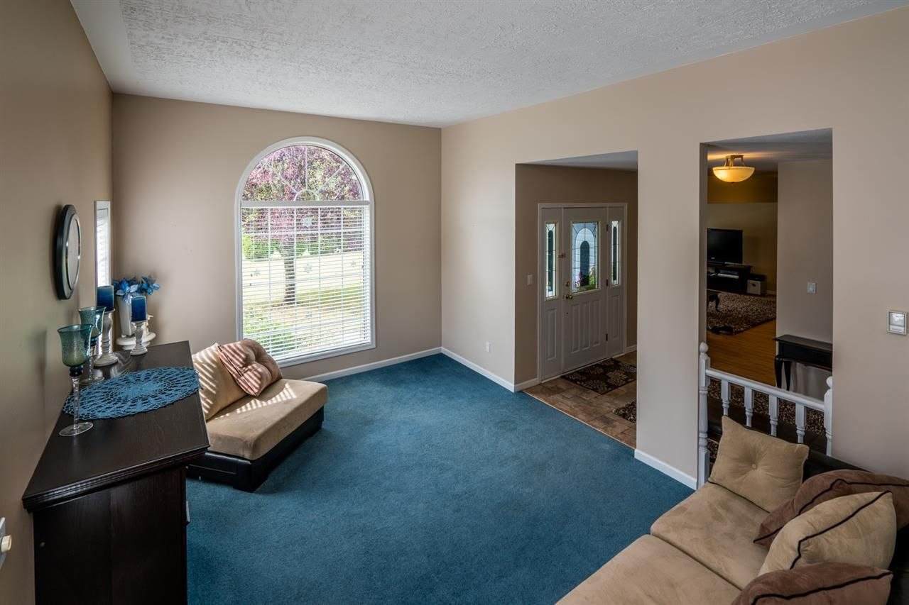 """Photo 5: Photos: 1726 SOMMERVILLE Road in Prince George: North Blackburn House for sale in """"SOMMERVILLE"""" (PG City South East (Zone 75))  : MLS®# R2102795"""