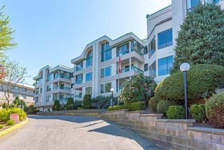 """Photo 1: 307 33030 GEORGE FERGUSON Way in Abbotsford: Central Abbotsford Condo for sale in """"The Carlisle"""" : MLS®# R2569469"""