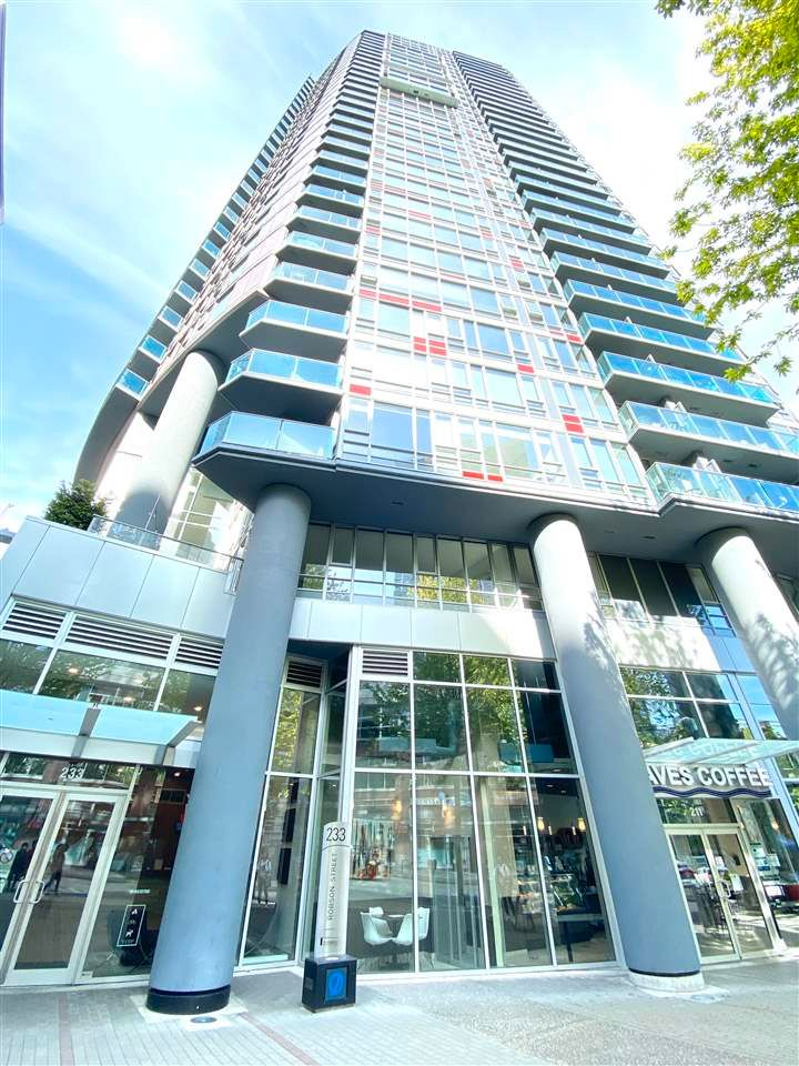 """Main Photo: 1706 233 ROBSON Street in Vancouver: Downtown VW Condo for sale in """"TV Towers"""" (Vancouver West)  : MLS®# R2579637"""