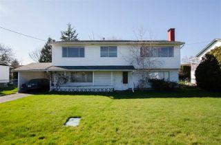Photo 1: 5013 59 Street in Delta: Hawthorne House for sale (Ladner)  : MLS®# R2444771