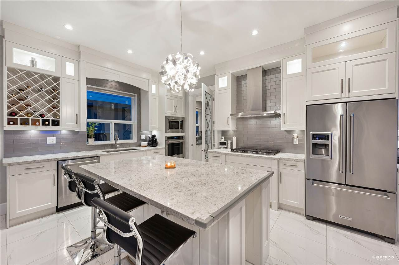 Photo 10: Photos: 16049 90 Avenue in Surrey: Fleetwood Tynehead House for sale : MLS®# R2523758