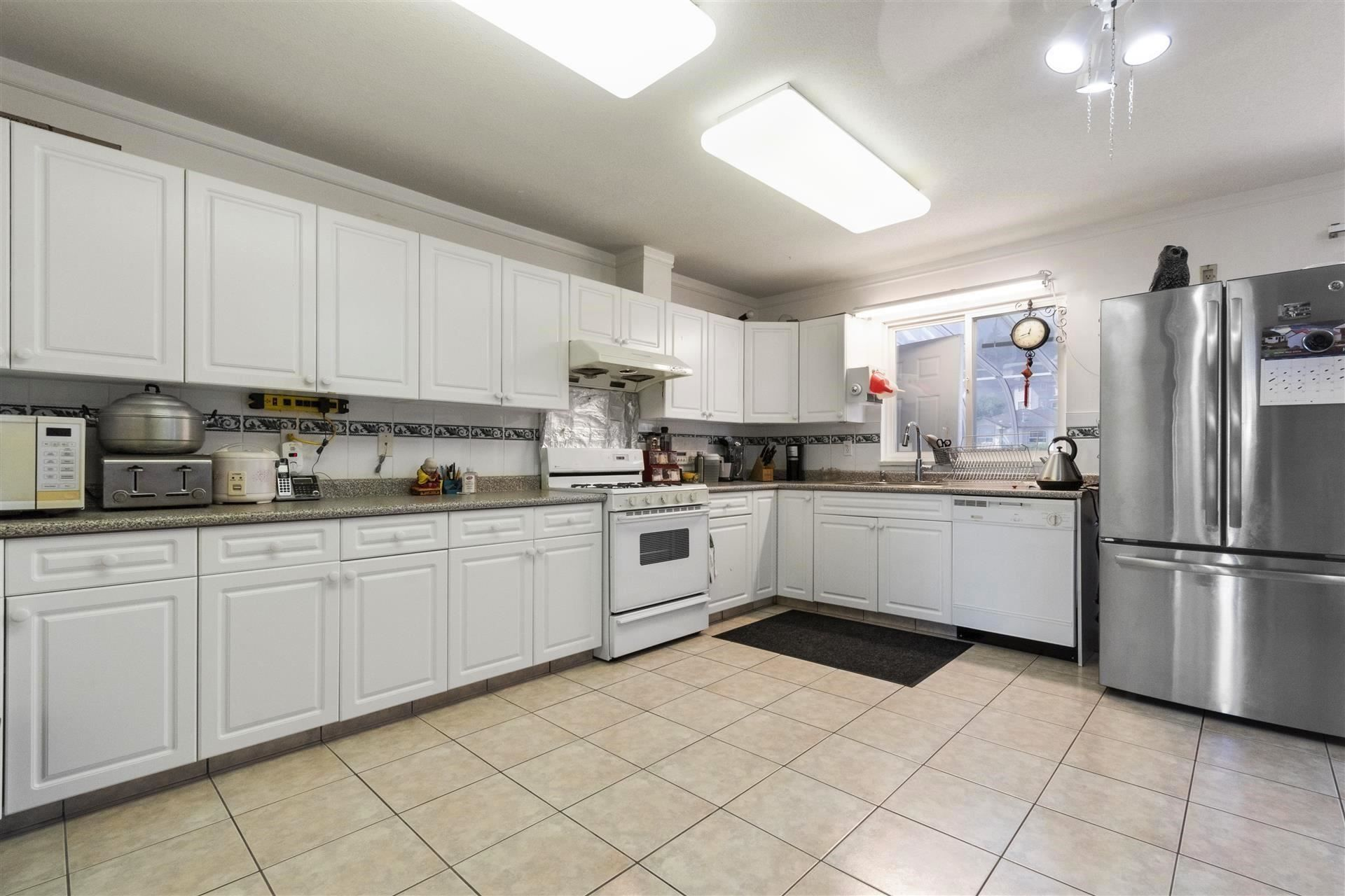 Photo 8: Photos: 139 SAN JUAN Place in Coquitlam: Cape Horn House for sale : MLS®# R2604553