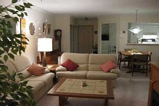 Photo 2: 10 GUILDWOOD PKWY in TORONTO: Condo for sale