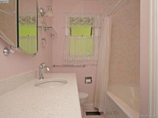 Photo 8: 5168 Del Monte Ave in VICTORIA: SE Cordova Bay House for sale (Saanich East)  : MLS®# 792681