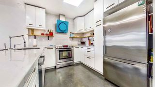 """Photo 15: 408 2288 W 12TH Avenue in Vancouver: Kitsilano Condo for sale in """"CONNAUGHT POINT"""" (Vancouver West)  : MLS®# R2594302"""