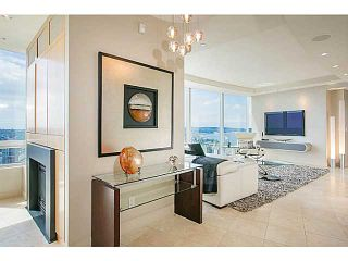 Photo 2: 3904 938 Nelson Street in Vancouver: Downtown VW Condo for sale (Vancouver West)  : MLS®# V1078351