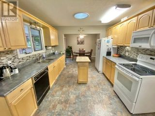 Photo 10: 3932 LOLOFF CRESCENT in Quesnel: House for sale : MLS®# R2625453