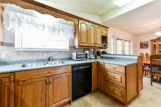 Photo 7: 18922 120 Avenue in Pitt Meadows: Central Meadows House for sale : MLS®# R2555786