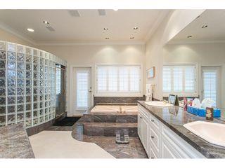 """Photo 12: 11950 CLARK Drive in Delta: Sunshine Hills Woods House for sale in """"West Panorama Ridge"""" (N. Delta)  : MLS®# R2122074"""
