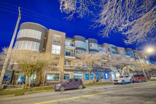"""Photo 19: 313 789 W 16TH Avenue in Vancouver: Fairview VW Condo for sale in """"SIXTEEN WILLOWS"""" (Vancouver West)  : MLS®# R2354520"""