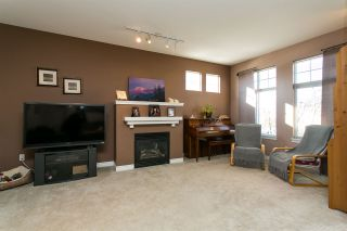 """Photo 10: 52 18828 69 Avenue in Surrey: Clayton Townhouse for sale in """"Starpoint"""" (Cloverdale)  : MLS®# R2340576"""