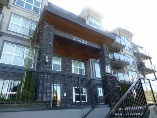 """Photo 2: 406 20630 DOUGLAS Crescent in Langley: Langley City Condo for sale in """"BLU"""" : MLS®# R2042319"""