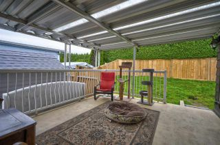 """Photo 19: 24 8254 134 Street in Surrey: Queen Mary Park Surrey Manufactured Home for sale in """"WESTWOOD ESTATES"""" : MLS®# R2508251"""
