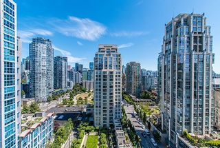 """Photo 1: 1902 1295 RICHARDS Street in Vancouver: Downtown VW Condo for sale in """"OSCAR"""" (Vancouver West)  : MLS®# R2190580"""