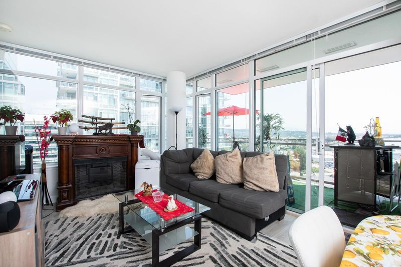 FEATURED LISTING: 1207 - 200 NELSON'S Crescent New Westminster