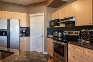 Photo 14: 27 Cougarstone Circle SW in Calgary: Cougar Ridge Detached for sale : MLS®# A1088974