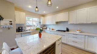"""Photo 6: 150 2853 HELC Place in Surrey: Grandview Surrey Townhouse for sale in """"Hyde Park"""" (South Surrey White Rock)  : MLS®# R2540925"""