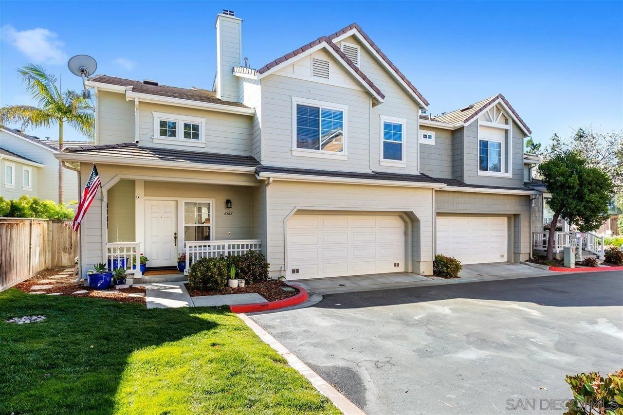 Main Photo: CARLSBAD WEST Townhouse for sale : 4 bedrooms : 6582 Daylily Dr in Carlsbad